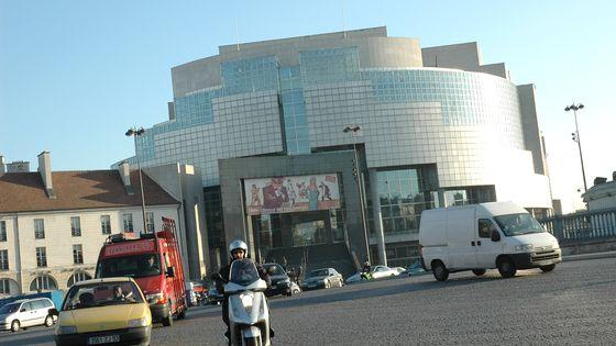L'Opéra Bastille, situé dans le 11ème arrondissement de Paris
