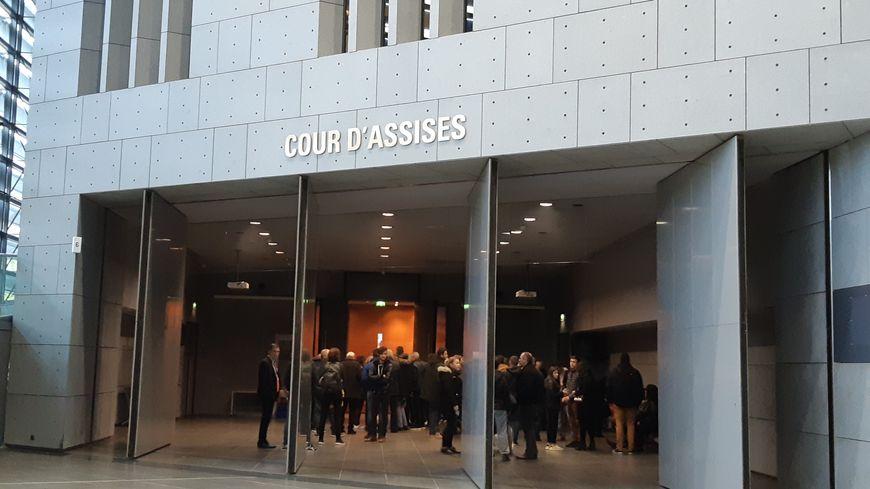 Salle de Cour d'Assises au palais de justice de Grenoble