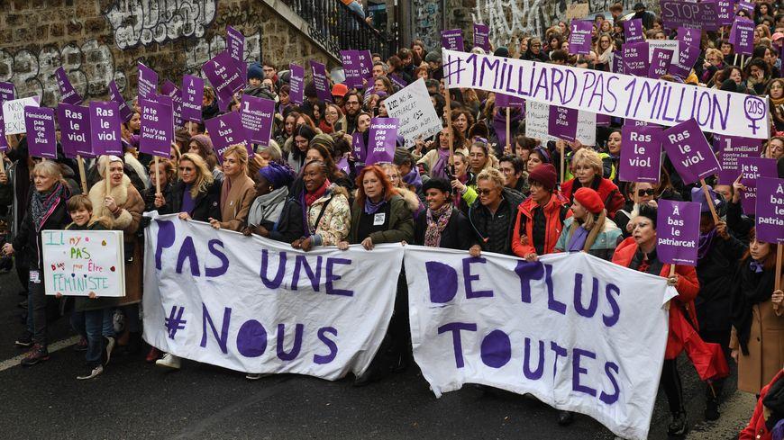 Manifestation contre les violences faites aux femmes à Paris