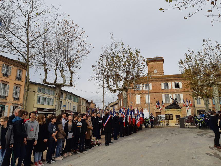Après la rencontre, une cérémonie au monument aux morts.