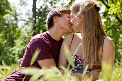 Les amours adolescentes