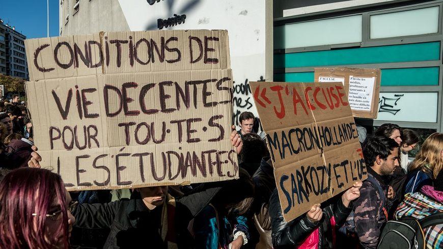 La manifestation des étudiants à Lyon, le 12 novembre dernier.