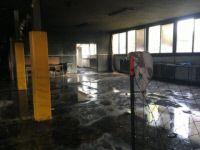 Les locaux ravagés de l'école Les Tamaris ce vendredi matin