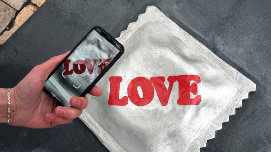 Les restaurateurs de Périgueux et Sarlat distribueront des préservatifs à l'occasion de la Journée mondiale de lutte contre le sida