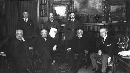Quoi de neuf sur la Première Guerre mondiale ? (4/4) : Reconstruire et raconter : que faire de la guerre après la guerre ?