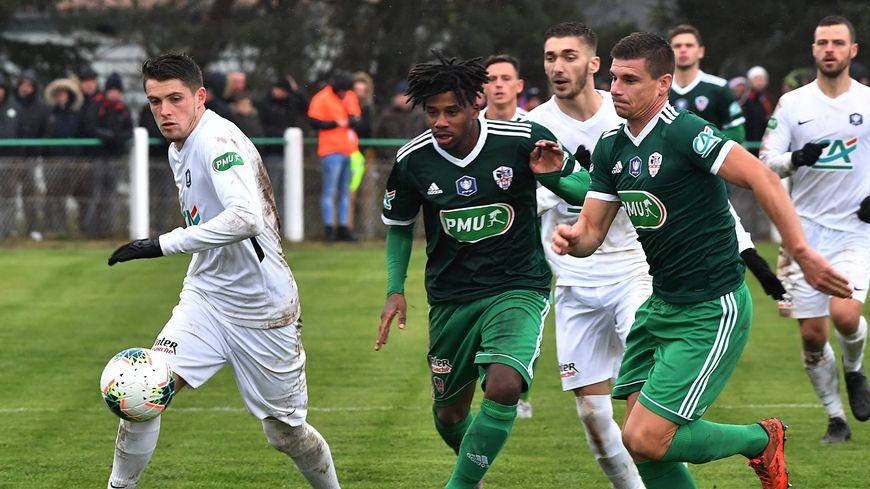 L'US Saint-Flour crée l'exploit en sortant l'AC Ajaccio 3 buts à 1