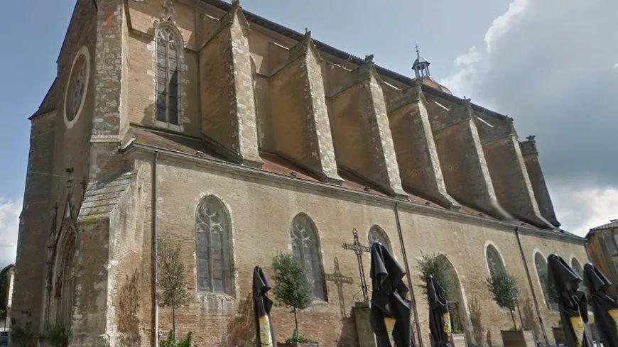 Deux jeunes de 15 ans ont reconnu leur participation dans l'incendie de la cathédrale d'Éauze (Gers).