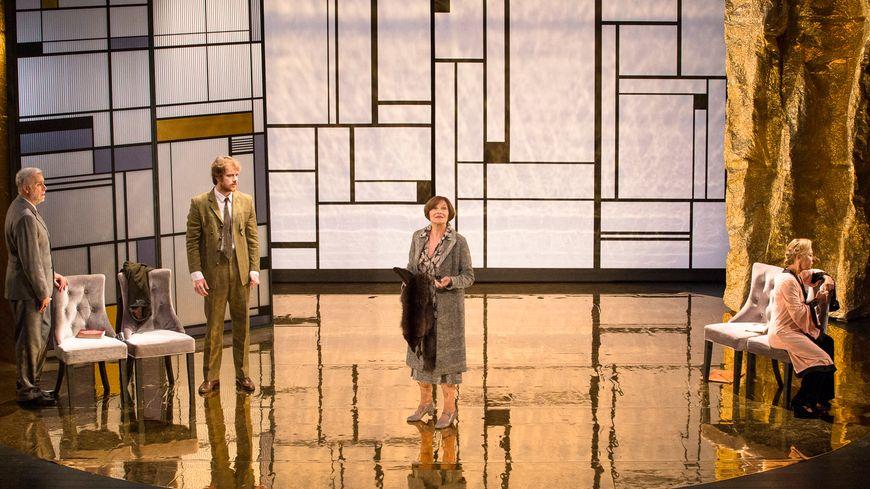 Gagnez vos places pour la pièce La Légende d'une vie avec Macha Méril à Biarritz