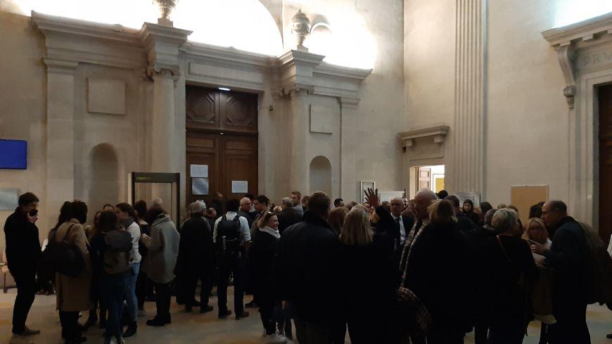 Le verdict a été annoncé peu avant 21 heures dans la salle d'audience de la cour d'assises de la Marne