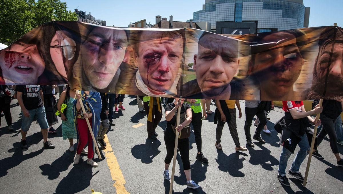 'Gilets jaunes' blessés par LBD : 'Devant l'évidence scientifique, le gouvernement devrait dire 'on arrête''