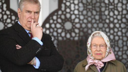 """Royaume-Uni : Andrew le """"prince fêtard"""" accusé d'agressions sexuelles sur mineure"""