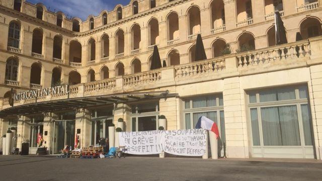 grève d'une partie des salariés de l'Hôtel intercontinental, 5 étoiles