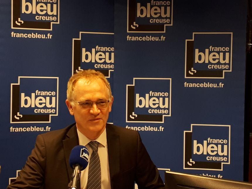 Le directeur d'académie Laurent Fichet