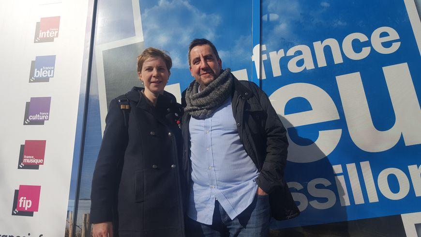 Albert Boronat et sa femme bretonne Mélina Allair devant les locaux de France Bleu Roussillon à Perpignan