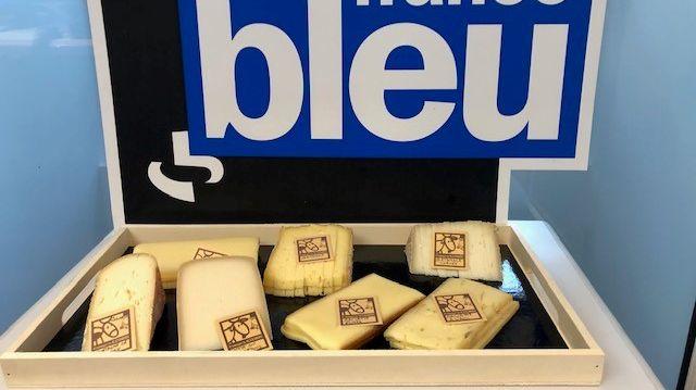 Pau : La fromagerie Alexandre présente ses fromages d'hiver - France Bleu