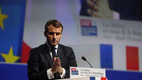 Emmanuel Macron, maire de la nation