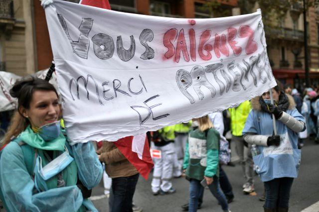 La marche parisienne est parti de la maternité Port-Royal.