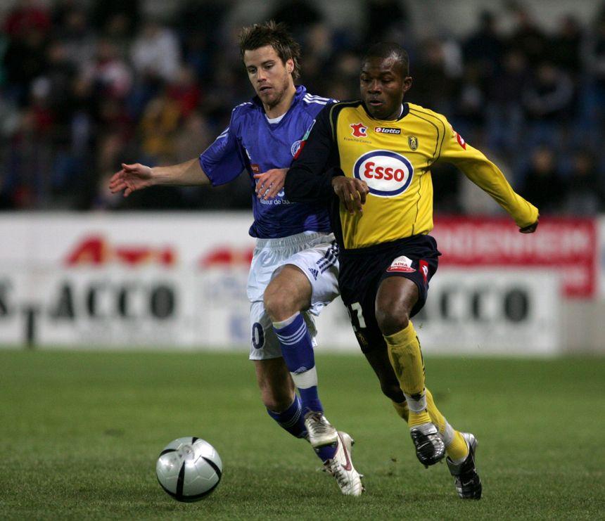 Omar Daf rechausse les crampons ce mardi à Bavilliers comme ici en 2005 face à Strasbourg