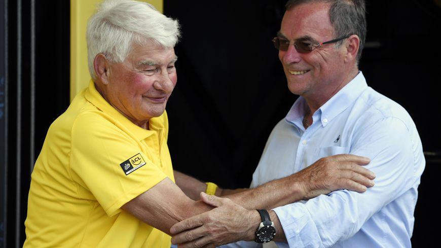 Raymond Poulidor et Bernard Hinault, sur le Tour de France, le 5juillet 2016