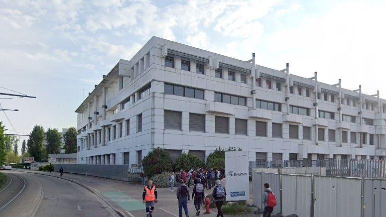 Un jeune de 14 ans interpellé après des heurts devant le lycée Emile Mathis à Schiltigheim le 28 novembre 2019.