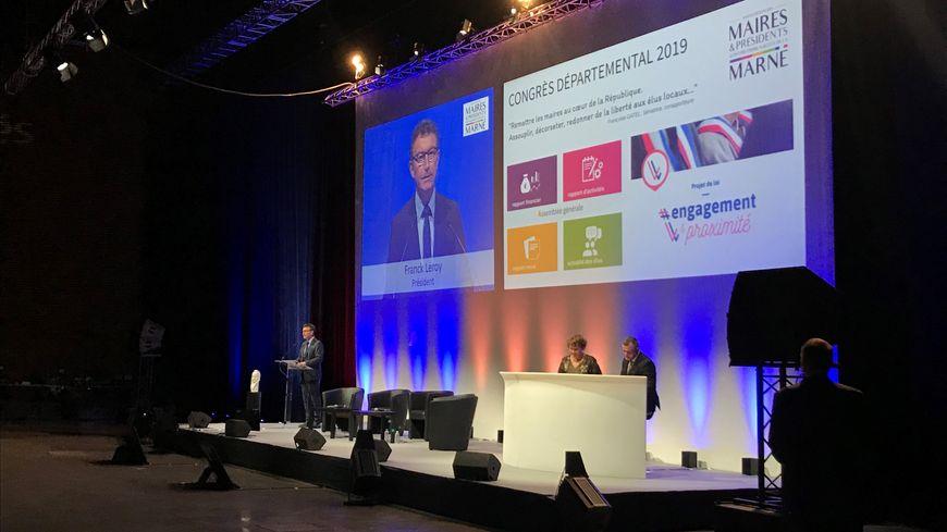 517 élus étaient réunis par Franck Leroy, maire d'Épernay, pour ce congrès 2019