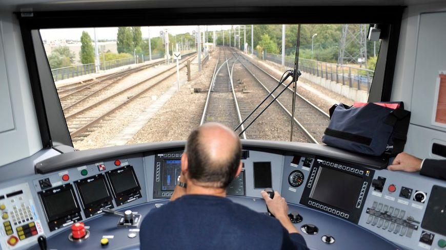 Les cadres pourraient bien remplacer les conducteurs dans les cabines des trains pendant la grève.