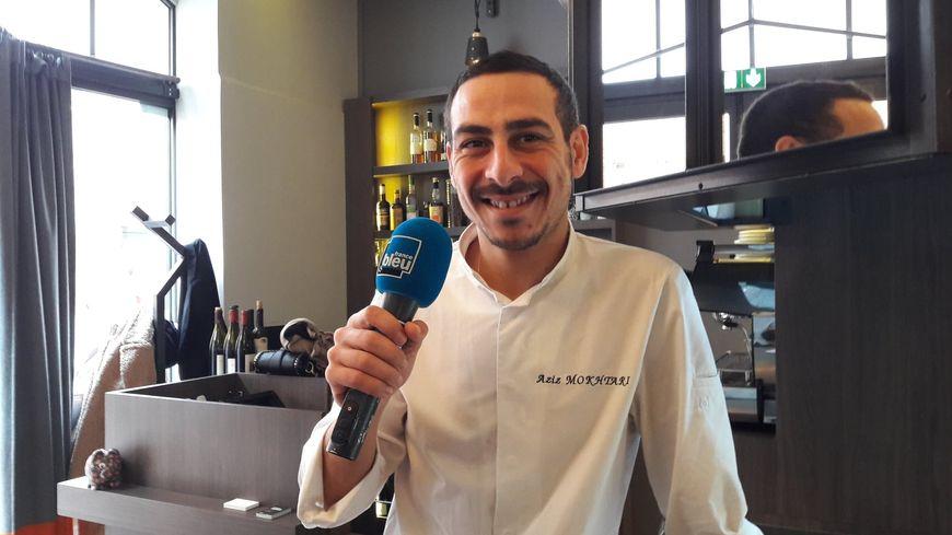 Aziz Mokhtari dans son restaurant Les P'tits Fayots à Toulouse