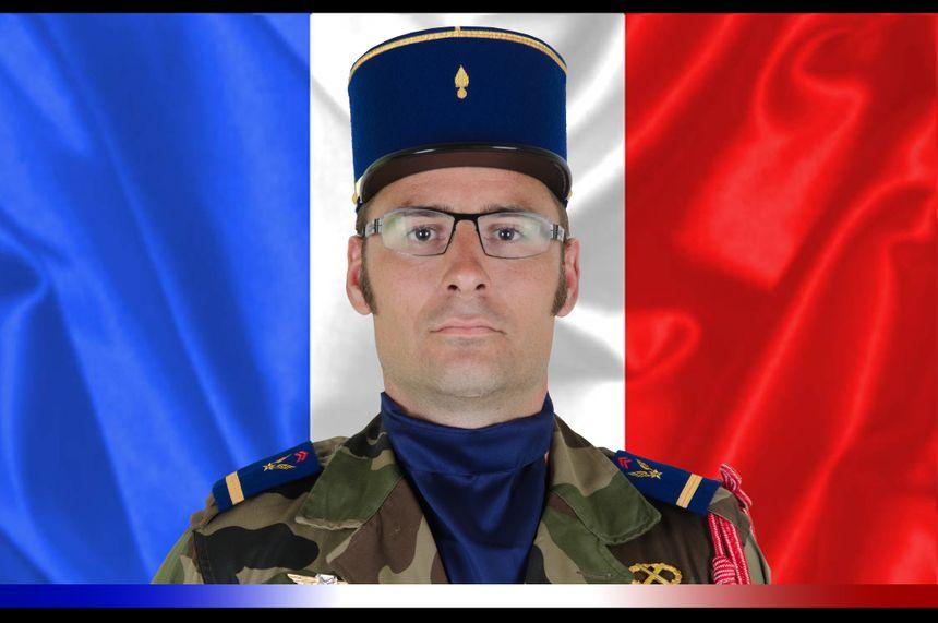 Adjudant-chef Julien Carette, 5e Régiment d'hélicoptères de combat de Pau