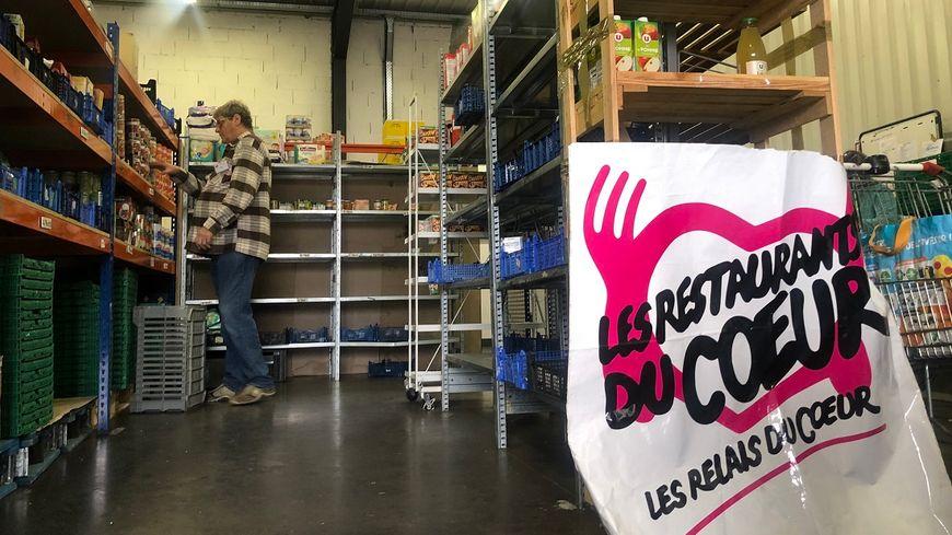 Dans l'agglomération d'Annemasse à Cranves-Sales (Haute-Savoie), les Restos du Cœur se préparent à accueillir cet hiver près de 500 familles.