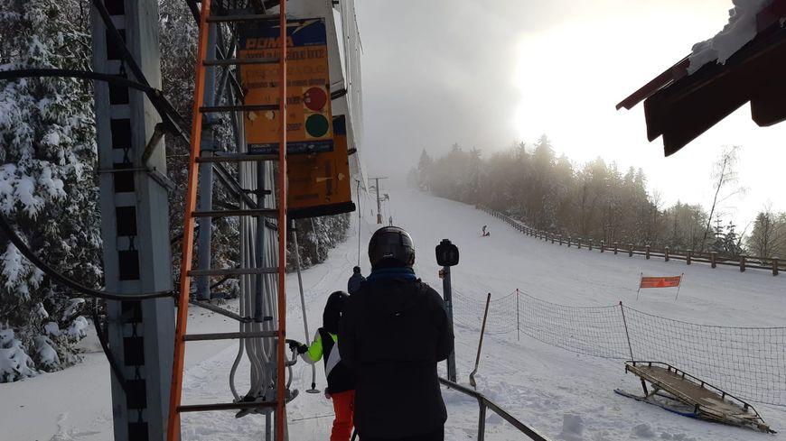 Plusieurs dizaines de skieurs ont pu profiter de cette première journée d'ouverture.