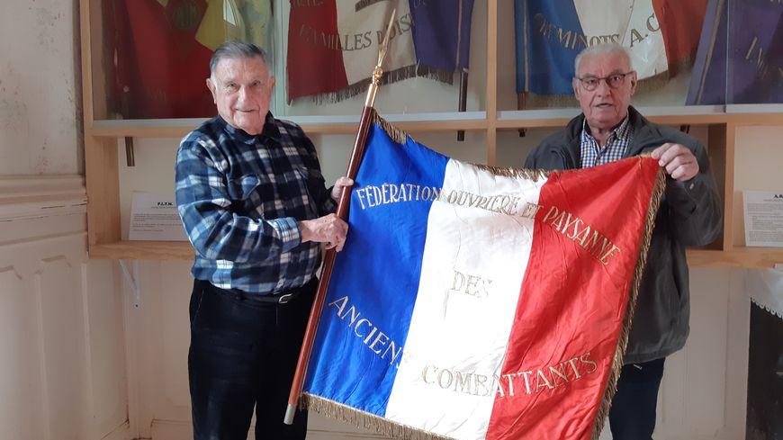 Les drapeaux des associations sont conservés à la Maison du Combattant de Cherbourg