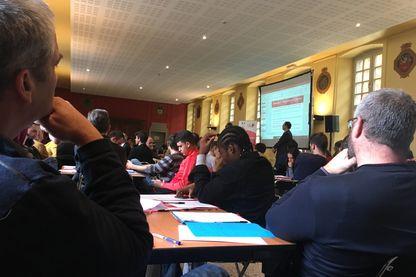 Consultation citoyenne sur le Revenu Universel d'Activité, à Besançon.