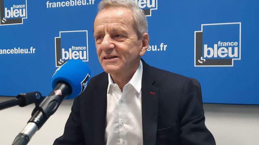 Alain Carignon dans le studio de France Bleu Isère - septembre 2019