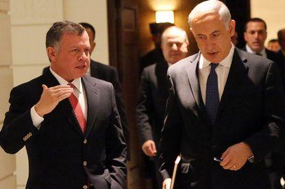 Netanyahu a réussi à fâcher Abdallah II de Jordanie. Ici les deux hommes en 2014 lors d'une visite officielle à Amman