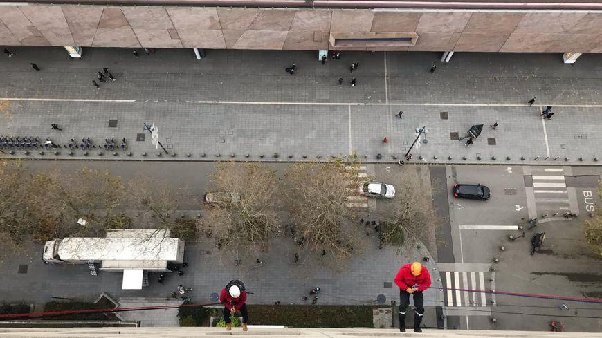 Vue depuis le toit de la tour de la sécu à Rennes
