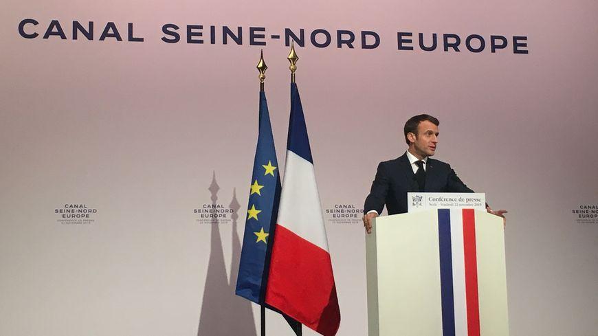 Le président a tenu une conférence de presse vendredi soir à Nesle, dans l'est du département