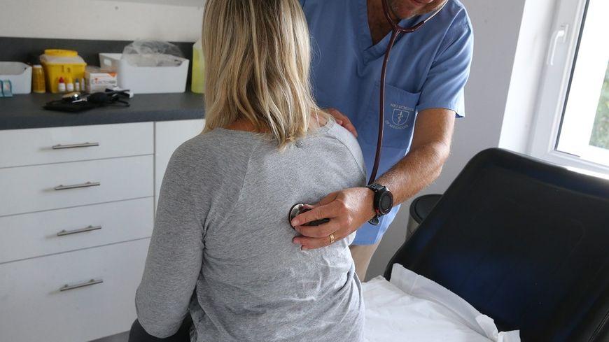 Près d'un médecin généraliste sur deux ne veut pas de nouveaux patients sur la durée.