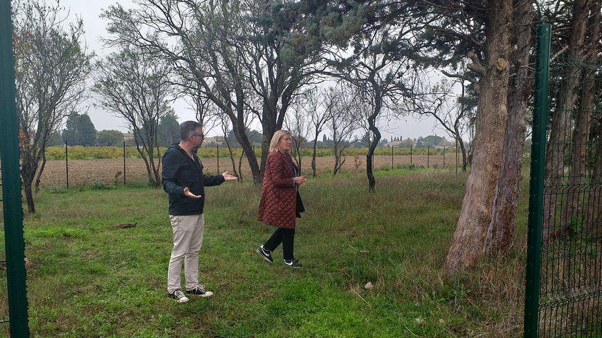 Vincent Faure, adjoint au maire, et Catherine Jourdan, présidente de l'association pour la création du cimetière, vous appellent à l'aide pour trouver un nom