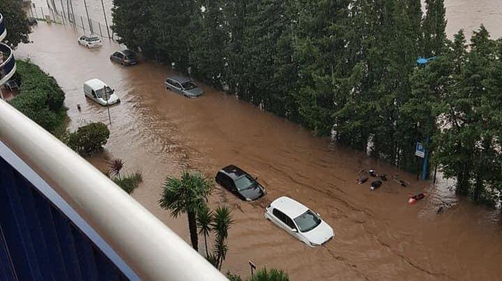 Une crue majeure du Riou en cours à Mandelieu