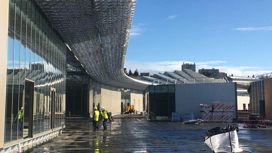 Le centre commercial Steel doit ouvrir ses portes au printemps 2020