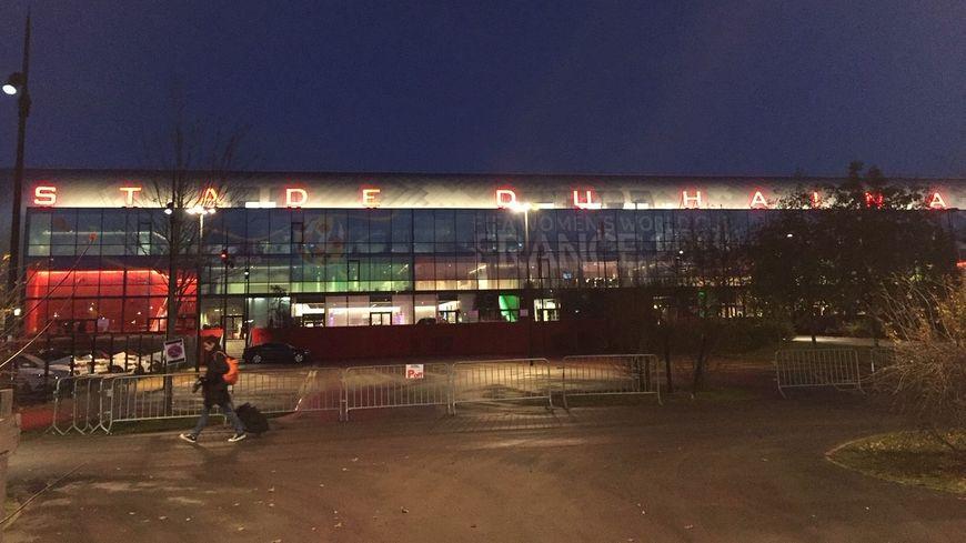 Le stade du Hainaut de Valenciennes théâtre de nombreux incidents lors du derby face à Lens