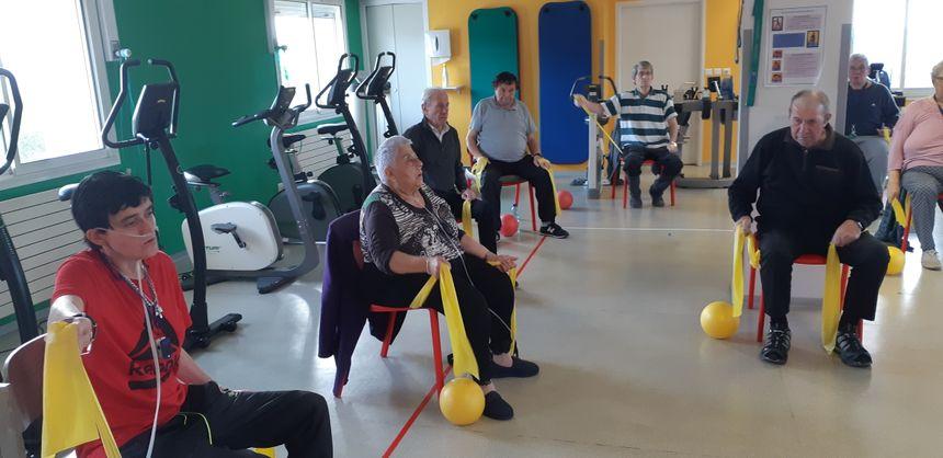 2 fois par jour, les fumeurs ou anciens fumeurs se retrouvent dans la salle de gym