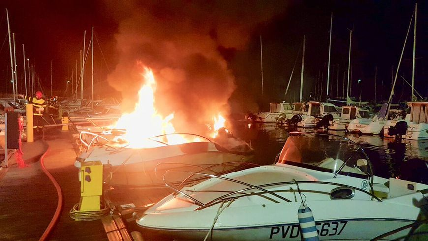 Dix-huit pompiers sont intervenus dans le port de St-Cyprien