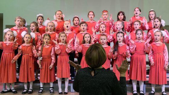 Chœur d'une classe de l'école de musique pour enfant Franz Lizst à moscow