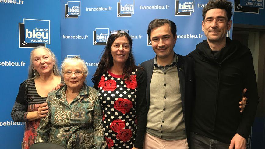 Brigitte ILLY, Christiane ROCHE, Nathalie MAZET, Paulin REYNARD et Gaël WILD sur France Bleu Vaucluse.