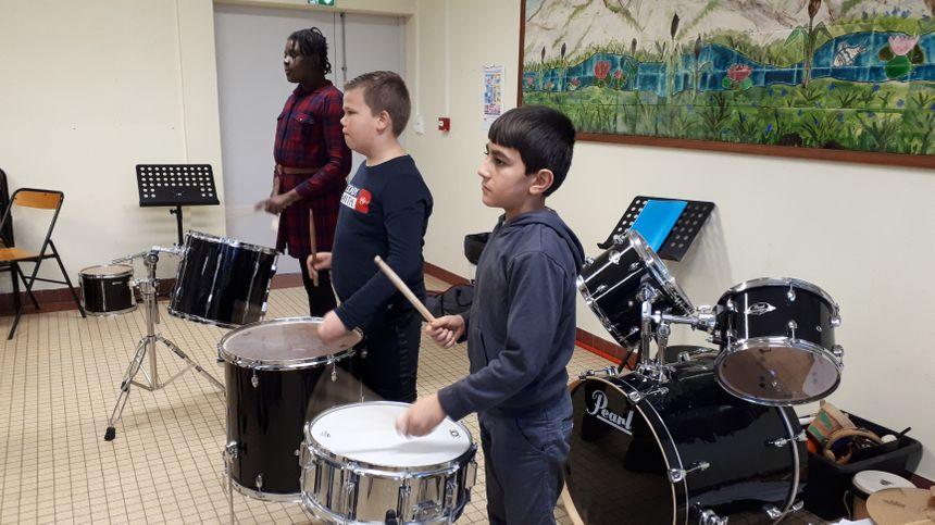 Les enfants apprennent la musique depuis le CE2.