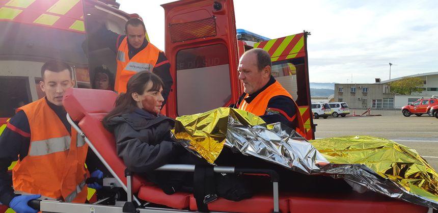 Une fausse blessée en urgence relative prise en charge par les pompiers.