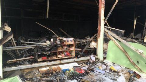L'école Les Tamaris à Béziers, quartier de la Devèze, a été dévastée par les flammes jeudi soir