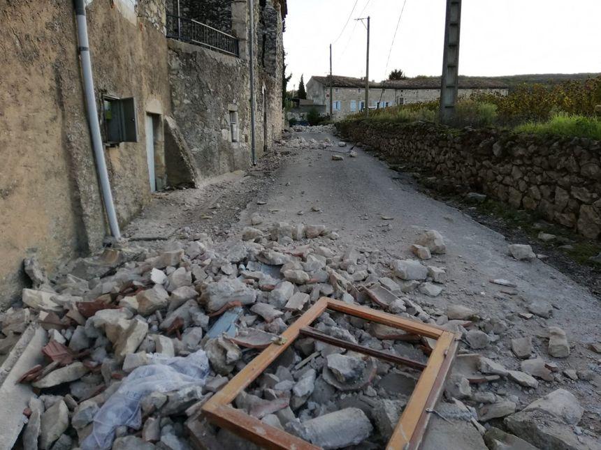 Graves dégâts dans la commune du Teil (07) en raison d'un séisme.
