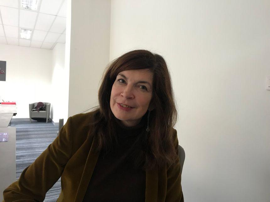 Karen Sadlier est docteure en psychologie clinique.
